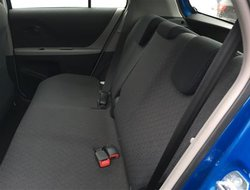 Toyota Yaris LE  2010