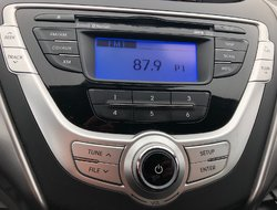 Hyundai Elantra GL Automatique A/C Cruise Bluetooth Bancs chauffan  2012