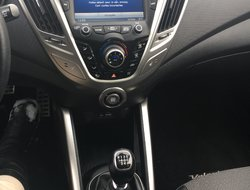 Hyundai Veloster COUPE W/ TECH  2013