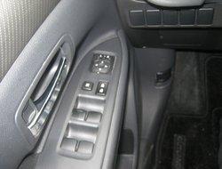 Mitsubishi Outlander SE  2014
