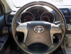 Toyota Highlander Sport