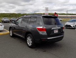 Toyota Highlander Base