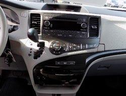 Toyota Sienna LE