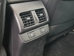 Subaru Outback 2.5i Limited Package w/Technology  2016