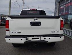 Nissan Titan PRO-4X * WOW