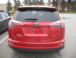 Toyota RAV4 LE FWD  2016