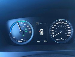 Hyundai Sonata Hybrid BASE  2016