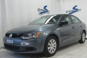 Volkswagen Jetta Sedan Trendline 2013