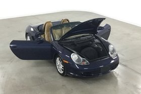 2003 Porsche Boxster Véhicule Canadien en Excellente Condition !
