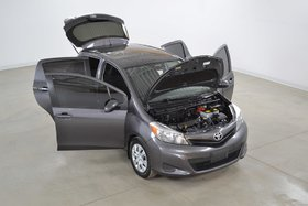 Toyota Yaris LE HB 5 Portes Gr.Electrique*Bluetooth*Climatiseur 2014