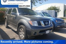 2006 Nissan Pathfinder LE at