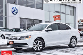 2015 Volkswagen Jetta Trendline Plus 2.0 6sp w/Tip OFF Lease. Power Roof