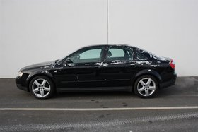 2004 Audi A4 1.8T Sdn 6Sp Man. Qtro