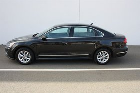 Volkswagen Passat Trendline plus 1.8T 6sp at w/ Tip 2017