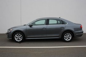 2017 Volkswagen Passat Trendline plus 1.8T 6sp at w/ Tip