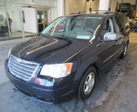 2010 Chrysler TOWN AND COUNTRY TOURING Touring