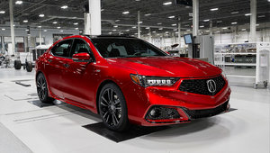 L'Acura TLX Édition PMC 2020 est présentée au Salon de l'auto de New York