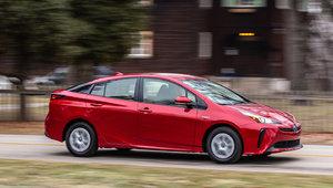 Qu'est-ce qui démarque la Toyota Prius des autres hybrides sur le marché?