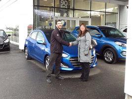 Ma belle voiture bleue de Hyundai Shawinigan à Shawinigan