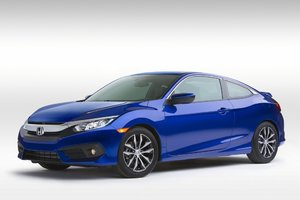 Journalists Review the 2016 Honda Civic