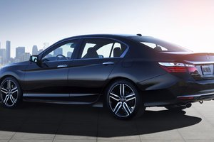 Le 40e anniversaire de l'Honda Accord