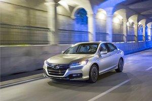 Honda Accord Hybride 2014 – La voiture verte de l'année!