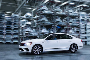 2018 Volkswagen Passat GT unveiled in Detroit