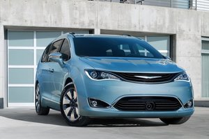The 2017 Chrysler Pacifica: How a Minivan Should Be