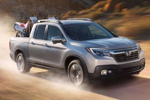 A Completely Reinvented 2017 Honda Ridgeline in Terrebonne, Quebec