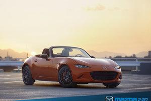 Mazda célèbre le 30e anniversaire de la MX-5 avec éclat
