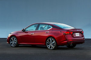 2019 Nissan Altima Wins 12 Best Cars of 2019 by Autotrader.com