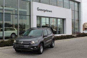 2012 Volkswagen Tiguan Comfortline  No Accident  Leather  Roof  Alloys