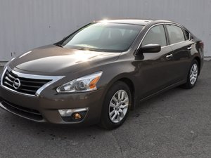 Nissan Altima S (seulement 1 Propriétaire) 2013