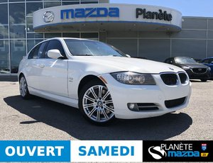 BMW 335i xDrive 335i xDrive AUTO TOIT CUIR MAGS CRUISE 2010