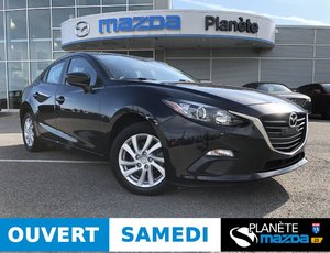 Mazda 3 GX AUTO AIR BLUETOOTH USB 2015