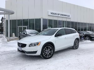2015 Volvo V60 Cross Country T5 AWD Premier FINANCE FROM 0.9% O.A.C.