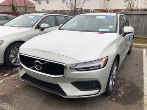 2019 Volvo V60 T6 AWD Momentum