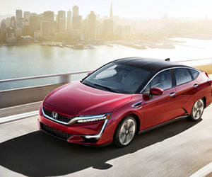 La Honda Clarity hybride rechargeable sera disponible au Canada