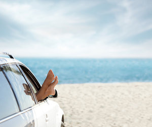 10 conseils pour réduire votre consommation d'essence pendant vos vacances.