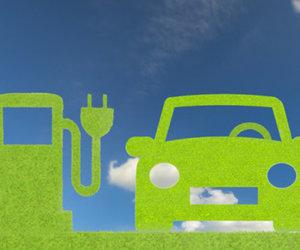 Comment calculer le rabais gouvernemental pour l'achat ou la location d'un véhicule électrique ou hybride?