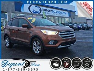 Ford ESCAPE AWD SE TAUX A PARTIR A 1.9% POUR 72 MOIS AVEC L'OPTION VO 2017