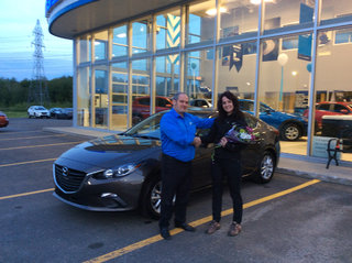 Youppi! Ma première voiture neuve! de Prestige Mazda à Shawinigan