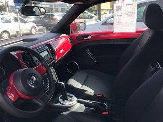 Volkswagen Beetle Convertible Trendline 1.8T Automatique 2015