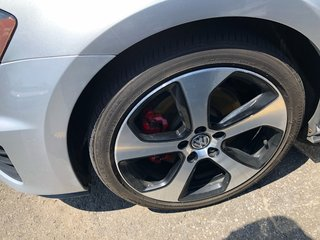 Volkswagen Golf GTI Autobahn DSG 2016