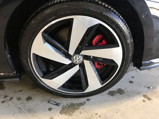 2019 Volkswagen Golf GTI Autobahn demo