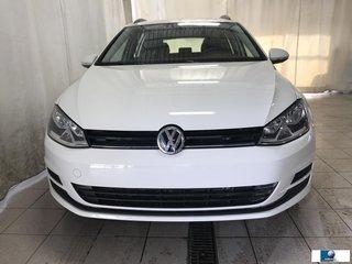 2017 Volkswagen Golf DEMO SportWagen Trendline
