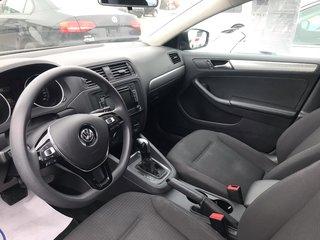 Volkswagen Jetta Sedan Trendline+ 2.0L Automatique 2015