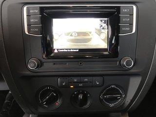 Volkswagen Jetta Bluetooth+Camera+A/C+Mag+Man 2016