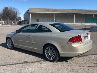 2007 Volvo C70 T5 A RARE 1 OWNER *CONVERTIBLE* ! ONLY 78,900 KM !