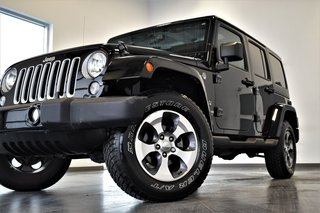 Jeep Wrangler Unlimited ***SAHARA UNLIMITED 2 TOIT PNEUS HIVER *** 2017